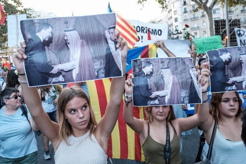 1200_1503773622_manifestacio_no_tinc_por_barcelona_foto_adria_costa_2017-038
