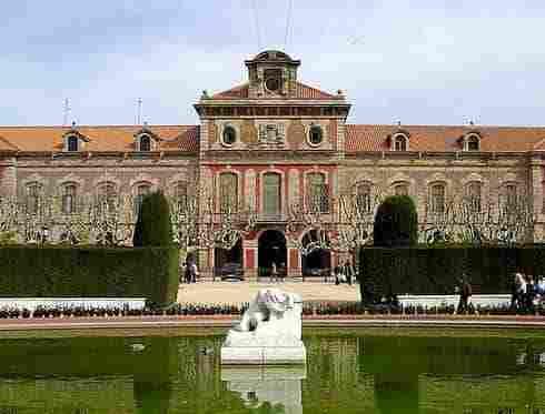 490x373_barcelona_parlament20de20catalunya-min